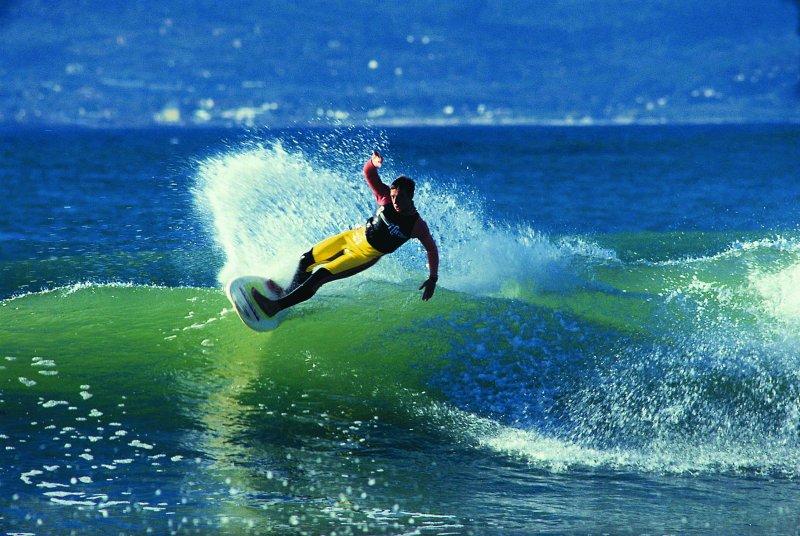 surfing-header